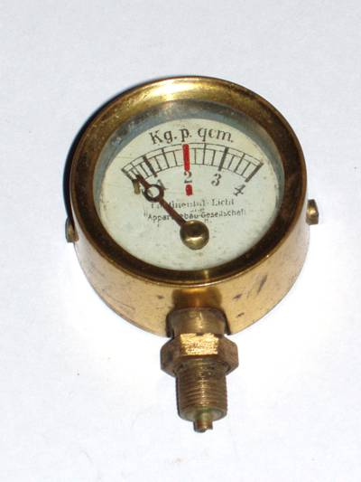 Bild1 Manometer Continental Licht