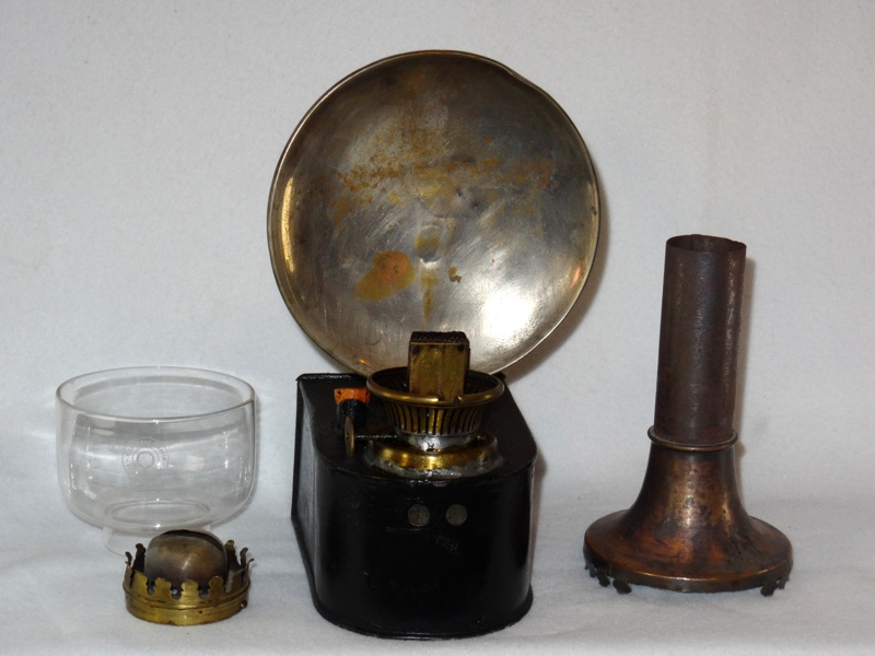 Oberles Petroleum-Backofenlampe: Die Lampe in Einzelteilen