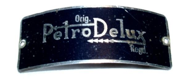 Petro Delux Typenschild